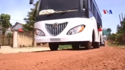 Uganda ra mắt xe buýt đầu tiên chạy bằng năng lượng mặt trời