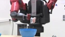 Yemək bişirən robot