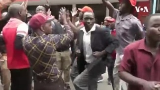 Police Attack MDC Supporters in Harare