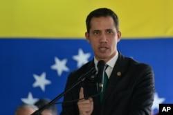 """El presidente interino, Juan Guaidó, afirma que Maduro intenta """"fingir normalidad"""" en Venezuela."""