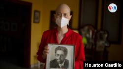 Cristina Tinoco, hija del exvicecanciller de Nicaragua Víctor Hugo Tinoco, uno de los encarcelados.