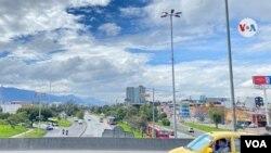 Panorámica del norte de Bogotá, ciudad que entró en cuarentena general desde el jueves 7 de enero a media noche. [Foto: Karen Sánchez, VOA]