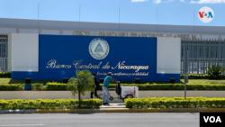 Sede del Banco Central de Nicaragua en Managua. Foto Houston Castillo, VOA.