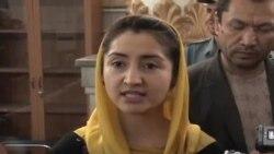 فرخنده زهرا نادری فیصلۀ محکمه را سیاسی خواند.