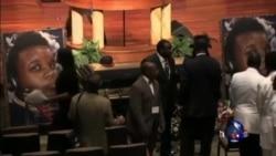 美大陪审团将裁决是否起诉打死黑人少年白人警察