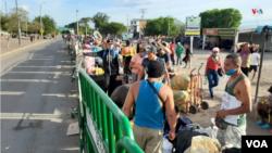Cúcuta es la ciudad colombiana donde se asientan algunos venezolanos que buscan cruzar la frontera hacia su país.