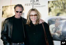 "FILE - Sam Shepard and Jessica Lange as they arrive to the premiere of his film, ""Walker Payne,"" during the Tribeca Film Festival in New York, April 26, 2006."