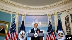 Secretary of State John Kerry makes statements on Syria at the State Department, Washington, Aug. 30, 2013.