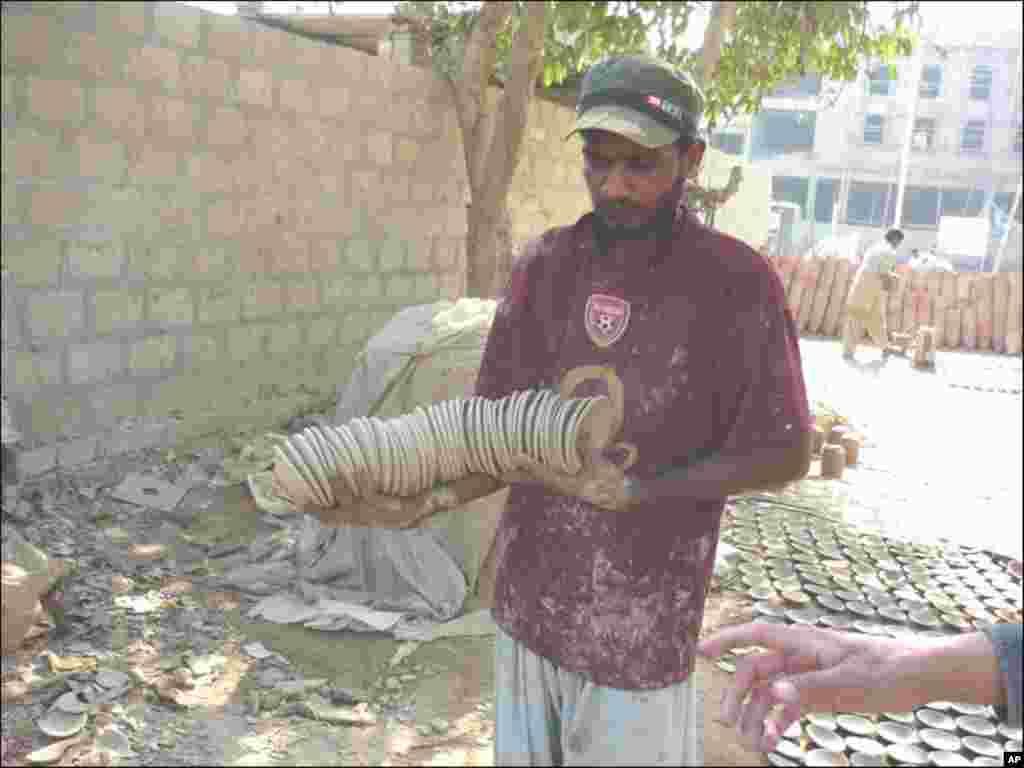 کراچی کے کوزہ گر