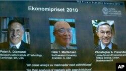 Dobitnici ovogodišnje Nobelove nagrade za ekonomiju, Peter Diamond, Dale Mortensen i Christopher Pissarides