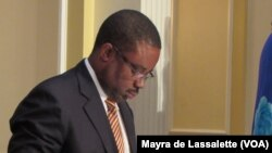 Armando Manuel, Ministro das Finanças de Angola
