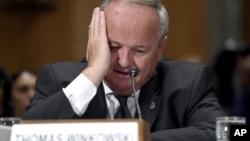 Thomas Winkowski, secretario asistente de la oficina de Inmigración y Control de Aduanas, testificó ante legisladores en el Congreso.