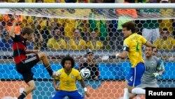 نخستین گول آلمان که وارد دروازۀ برازیل شد