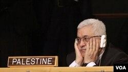 Presiden Palestina Mahmoud Abbas saat mendengarkan pidato Presiden Barack Obama di Majelis Umum PBB (21/9).