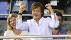 Top 10 Música na América: Paul McCartney reclama canções dos Beatles compradas por Michael Jackson