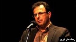 فرهاد محمدی، وکیل دادگستری همراه چند فعال محیط زیست بازداشت شد.