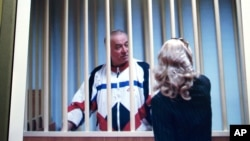 Сергей Скпипаль в зале суда в Москве. Россия. 9 августа 2006 г.