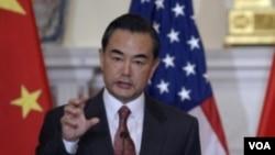 왕이 중국 외교부장의 미국 방문 모습 (자료사진)