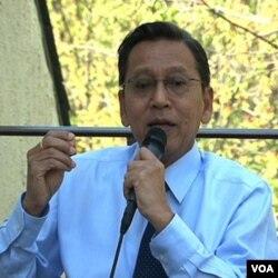 Wakil Presiden Boediono saat melakukan jumpa pers di Wisma Indonesia, Washington, April lalu.