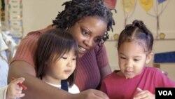La mayor cantidad de despidos masivos se presenta en las áreas de servicios de comida, cuidado de niños, educación elemental.