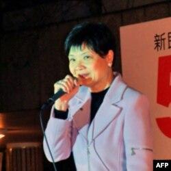 公民党立法会议员余若薇在造势晚会上讲话