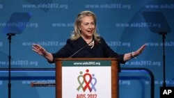 Hillary Rodham Clinton duscursa perante a XIX Conferência Internacional sobre SIDA, em Washington, a 23 de Julho de 2012