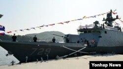 2일 경남 창원시 진해군항에서 해군의 16번째 유도탄 고속함 '김수현함' 취역식이 열렸다.