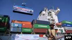 چین نے پاکستان میں 46 ارب ڈالر کی سرمایہ کاری کے معاہدے کر رکھے ہیں۔ (فائل فوٹو)