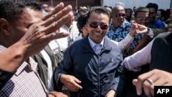Marc Ravalomanana (tengah), melarikan diri dari Madagaskar setelah digulingkan dalam kudeta tahun 2009 (foto: dok).