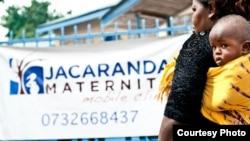Klinik Jacaranda di Nairobi, Kenya menyediakan layanan kesehatan bagi ibu dan anak miskin (A.Gichigi /Results for Development).