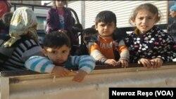 Anak-anak di Afrin, Suriah utara tidak bisa bersekolah akibat serangan udara Turki di sana (foto: ilustrasi).