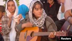 شیبا رحمانی، شاگرد ۱۴ ساله مدرسه موسیقی