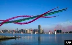 阿聯酋首都迪拜,上空有飛行表演(2018年2月3日)