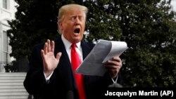 Президент США Дональд Трамп спілкується з пресою 20 листопада 2019 року