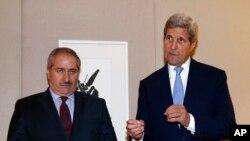جان کری در حاشیه دیدار با ناصر جوده وزیر خارجه اردن، درباره مذاکرات آمریکا به خبرنگاران توضیح می دهد.