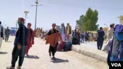 پاک افغان سرحد 'باب دوستی' جزبہ خیر سگالی کے طور پر پاکستان کی جانب سے یکطرفہ پیدل آمدروفت کے لیے کھول دیا گیا ہے۔