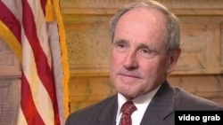 U.S. Senator Jim Risch of Idaho, a senior Republican member of the Senate's Foreign Relations Committee, strongly criticized the Obama administration's policy toward Russia in an interview with VOA's Georgian service, April 13, 2016.