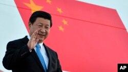 中国领导人习近平出重拳打击贪腐