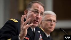 Đại tướng lục quân Robert Abrams điều trần để được chuẩn nhận chức vụ tư lệnh lực lượng Mỹ ở Hàn Quốc, tại Điện Capitol ngày 25/9/2018.