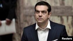 PM Yunani Alexis Tsipras mengumumkan akan menutup bank-bank di negara itu dan membatasi penarikan uang tunai (foto: dok).