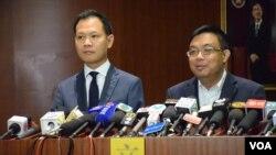 香港民主派立法會議員就宣誓風波會見立法會主席梁君彥 (美國之音湯惠芸攝)