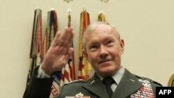 Orgeneral Martin Dempsey, Amerika Savunma Bakanlığı'nın bütçesinde 450 milyar dolar ya da üzeri bir kesinti öngörülen bir zamanda ordunun başına geçiyor