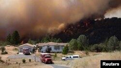 2014年7月26日加州野火逼近普利茅斯
