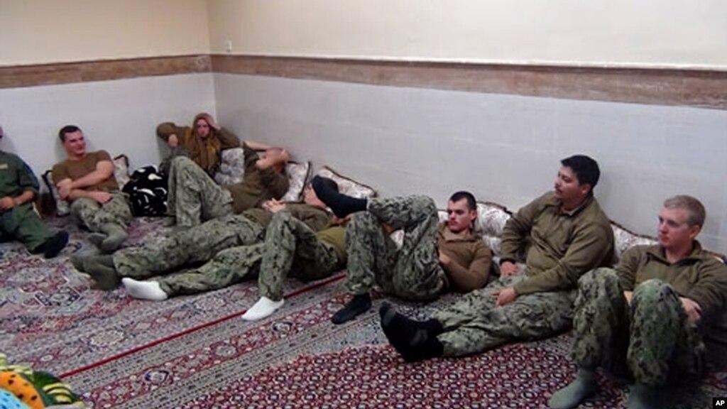 Іран звільнив всіх затриманих моряків ВМС США