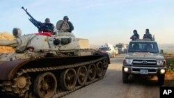 Chiến binh người Kurd chuẩn bị cho chiến dịch quy mô lớn.