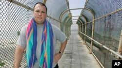 FILE - Robert MacLean, shown in May 2007 in Dana Point, Calif., lost his job as an air marshal in 2003 for telling a reporter in 2003 that the Transportation Security Administration planned to cut marshal jobs on overnight flights.