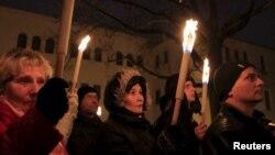 Акция протеста против планов по установке статуи в честь Балинта Хомана. Венгрия, 13 декабря 2015.