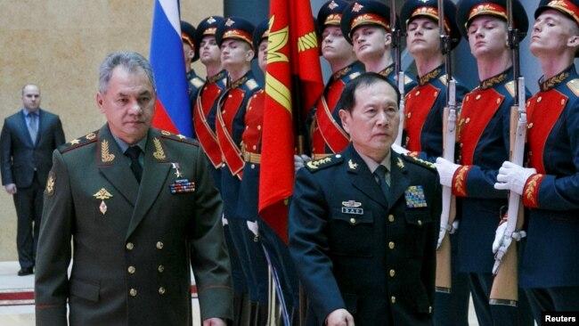中俄加强军事联系 分工对抗西方