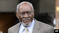U.S. Assistant Secretary of State Johnnie Carson (file photo).