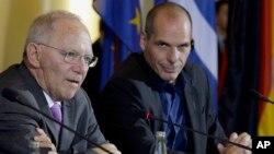 Министры финансов Германии и Греции Вольфганг Шойбле и Янис Варуфакис